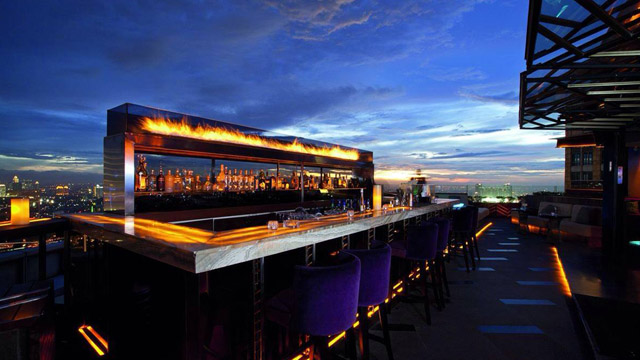 Cafe Rooftop Di Jakarta Cloud Lounge