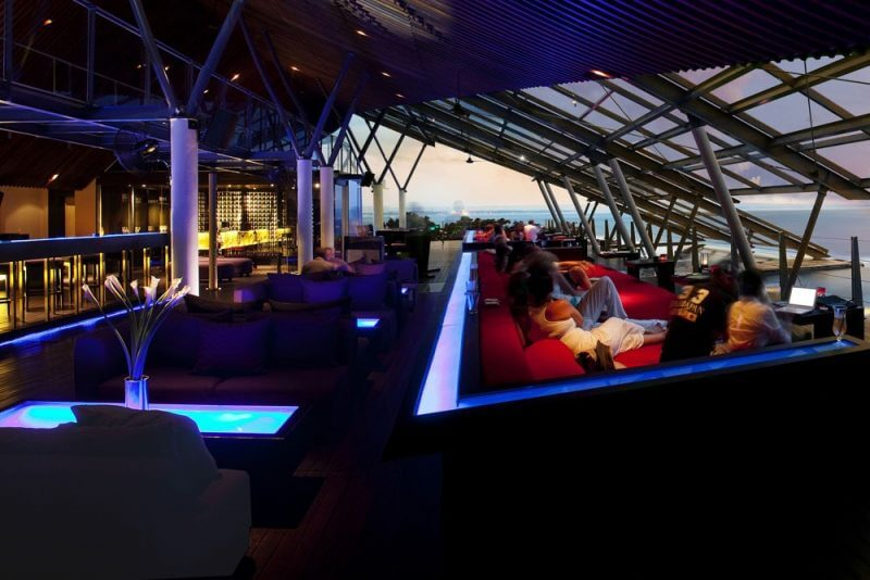 Bar and Lounge di Bali - SOS Rooftop Lounge