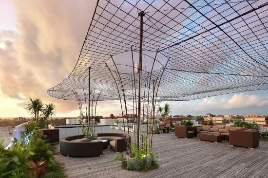 Bar and Lounge di Bali - Vertical Point