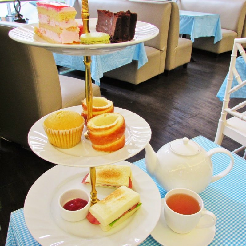 Tempat Makan Di Gandaria City - Lady Alice Tea Room